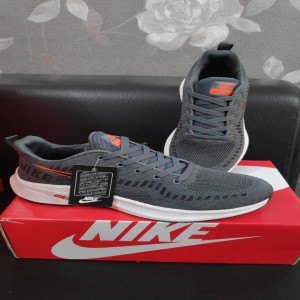Nike Dark grey Runner shoes
