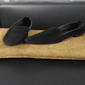 Pure Black Shoe for women