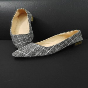 Check shoe for Women